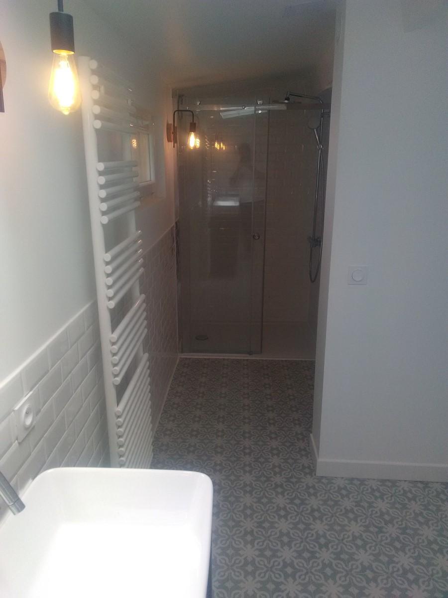 Scellier en salle de bain
